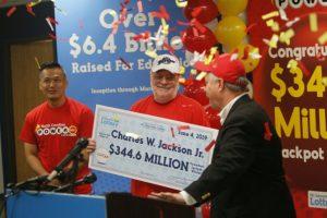 Charles W. Jackson Jr. - ganador de Powerball